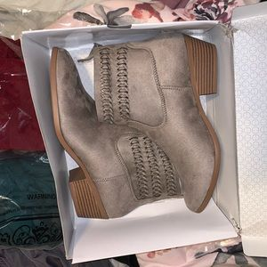Ankle booties NWT